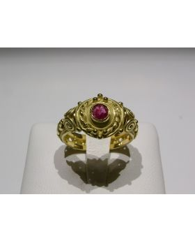 LSAU001 - Anello in Oro 750/°°° con Rubino naturale